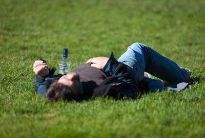 For mange sene kvelder på byen kan føre til alkoholisme